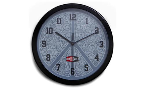 ac013_032_wall_clock.jpg