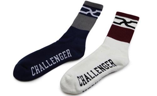 ac013_036_socks.jpg