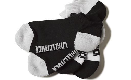 ac013_050_logo_low_socks.jpg