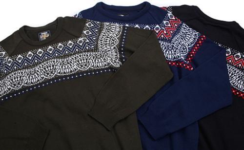 kn012_004_bandanna_sweater.jpg